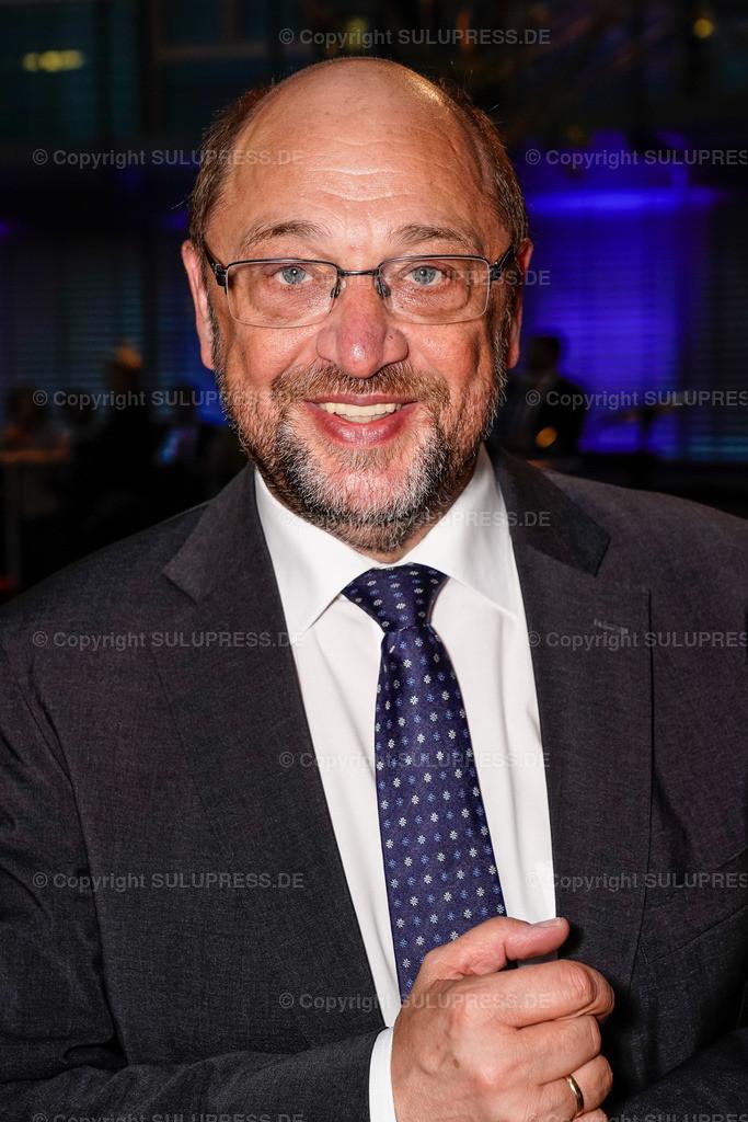 #myeurope Kampagnenstart mit Martin Schulz   09.05.2019, Martin Schulz beim #myeurope Kampagnenstart am Europatag, veranstaltet vom Tu was für Europa e.V. in Zusammenarbeit mit der Allianz Kulturstiftung im Allianz Forum am Pariser Platz in Berlin. Portrait des Politikers.