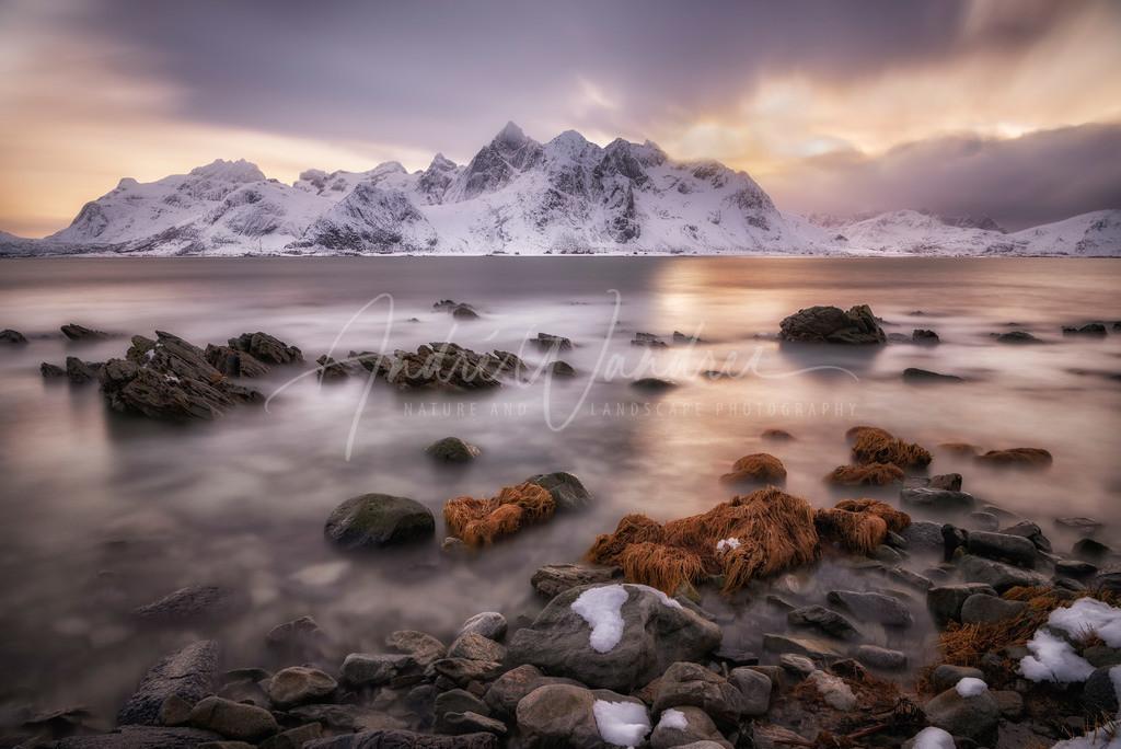 Weiches Licht am Nebelmeer