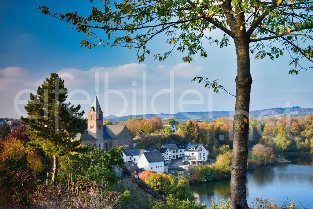 Blick auf Ulmen | am Ulmener Maar