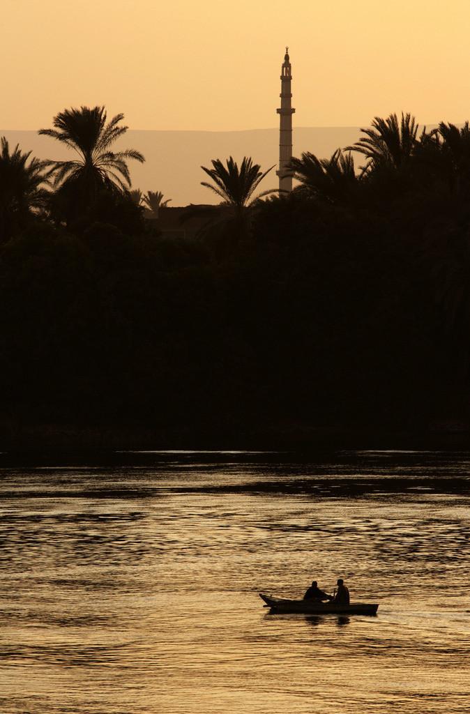 Nil | Ägypten, Dorf am Nil kurz vor Edfu.