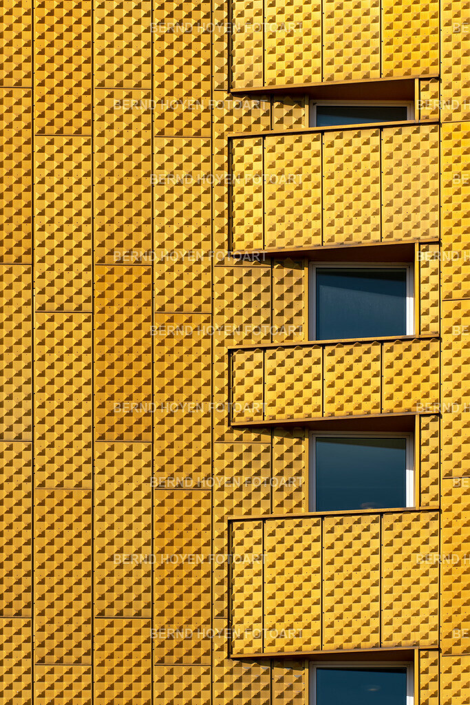 hideouts | Die Philharmonie in Berlin, Deutschland. | The Philharmonie Concert Hall in Berlin, Germany.