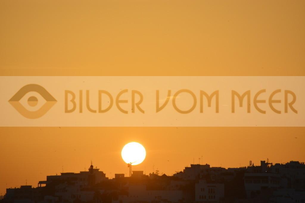 Bilder Sonnenuntergang vom Meer   Sonnenuntergang bilder aus Tanger