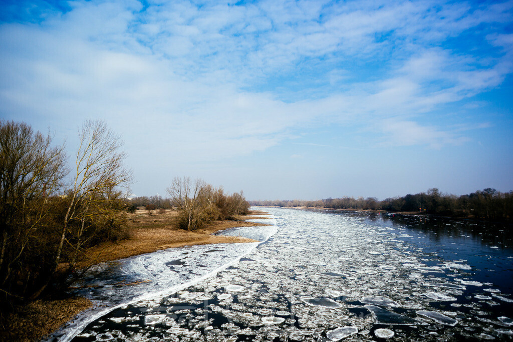 Eisschollen   Eisschollen in der Elbe