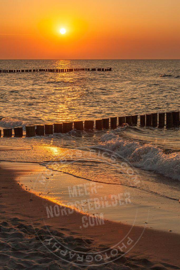 _OBY1830 | Brandung im Sonnenuntergang auf Sylt