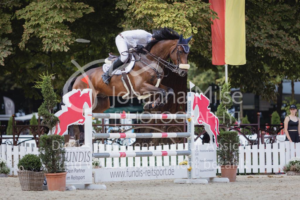 210912_OWLCh_YoungsterTrophy_7j-422   FUNDIS Youngster Tour (CSIYH1*) 1. Qualifikation für 7jährige Pferde international 1,35m