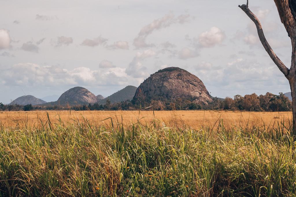 Hügel Formation in der Nähe von Airlie Beach | Hügel Formation in der Nähe von Airlie Beach