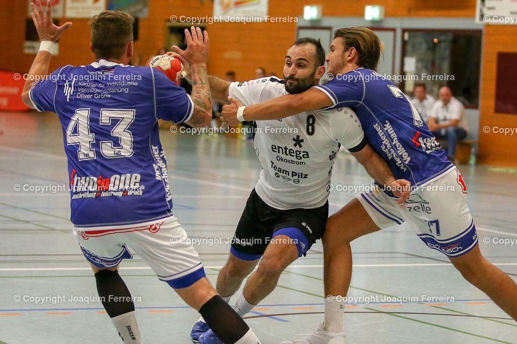 190913_msg_0249   despor 2019.09.13 HHV Handball Männer Oberliga MSG Umstadt/Habitzheim gegen TuS Dotzheim emspor, emonline, despor,  v.l.,  Stefan Hollnack (MSG Umstadt/Habitzheim), David Asic (MSG Umstadt/Habitzheim),  #77 Max Kaczmarek (TUS Dotzheim), Zweikampf, Action, Aktion, Battles for the Ball Foto: Joaquim Ferreira