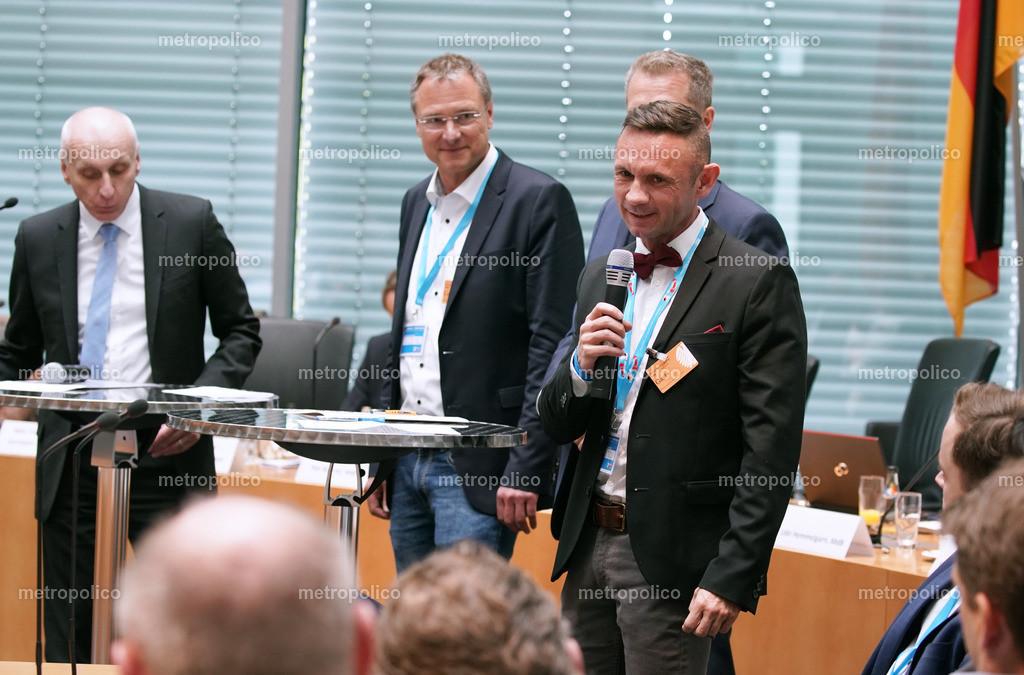 1. Kongress der freien Medien im Bundestag David Berger beantwortet eine Frage