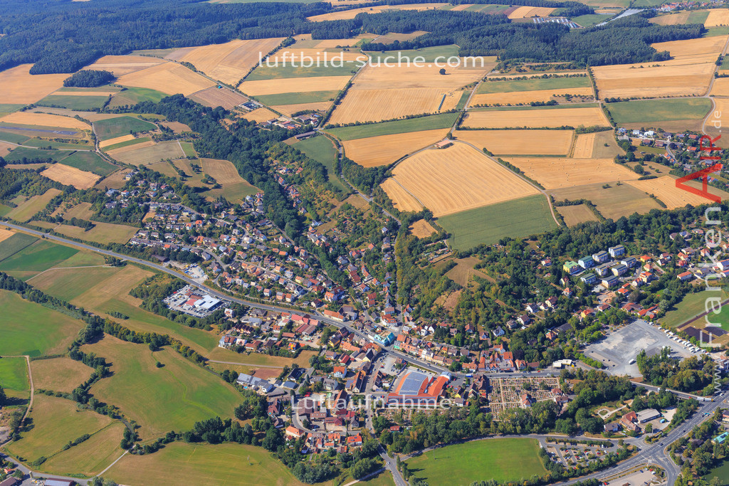unterstrahlbach-neustadt-an-der-aisch-2015-97 | Luftbild von Unterstrahlbach Neustadt-an-der-aisch - Luftaufnahme wurde 2015 von https://frankenair.de mittels Flugzeug (keine Drohne) erstellt - die Geschenkidee