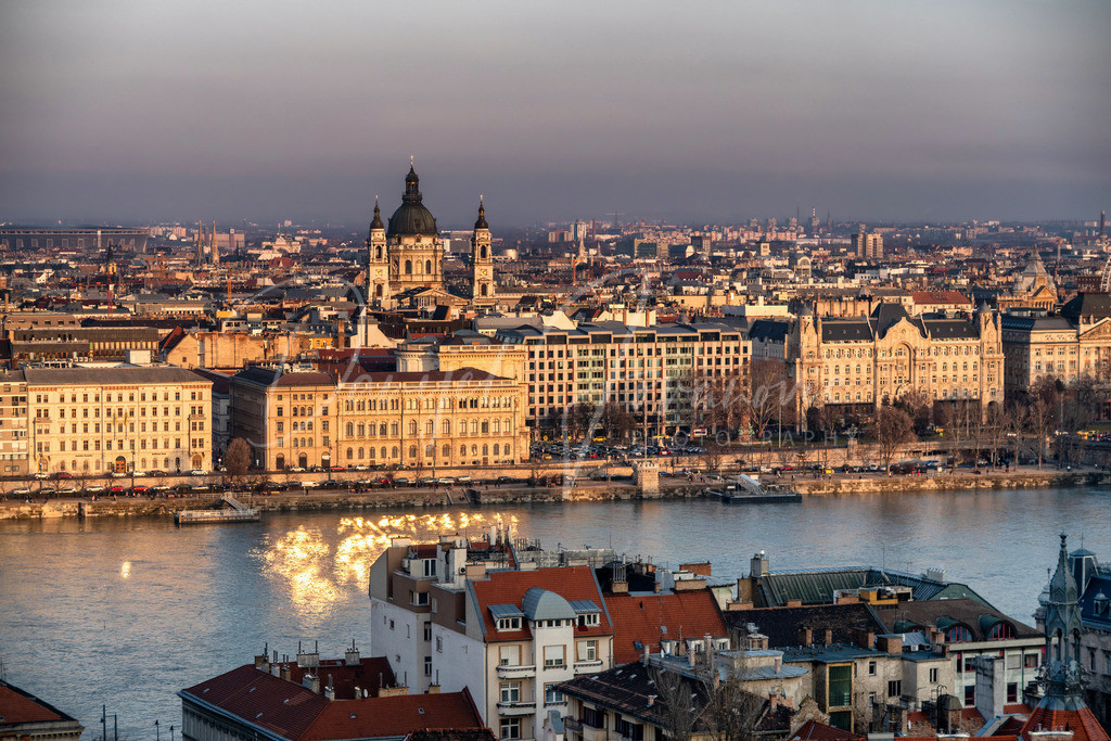 Blick nach Pest | Budapest im Abendlicht