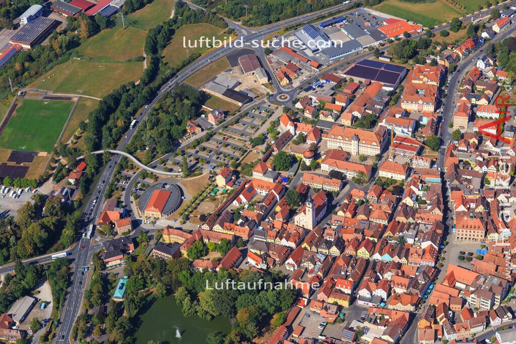 unterstrahlbach-neustadt-an-der-aisch-2015-99 | Luftbild von Unterstrahlbach Neustadt-an-der-aisch - Luftaufnahme wurde 2015 von https://frankenair.de mittels Flugzeug (keine Drohne) erstellt - die Geschenkidee