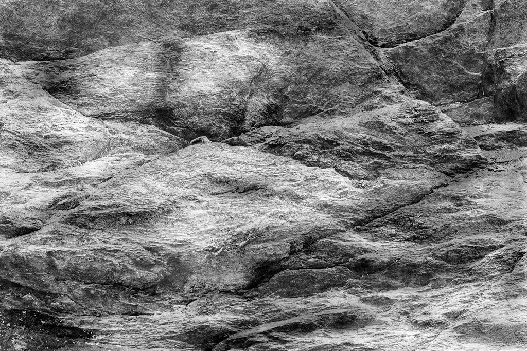 HS2019000077.1.B_W.Projekt-Steinstruktur.Südtirol.voole-auflösung.