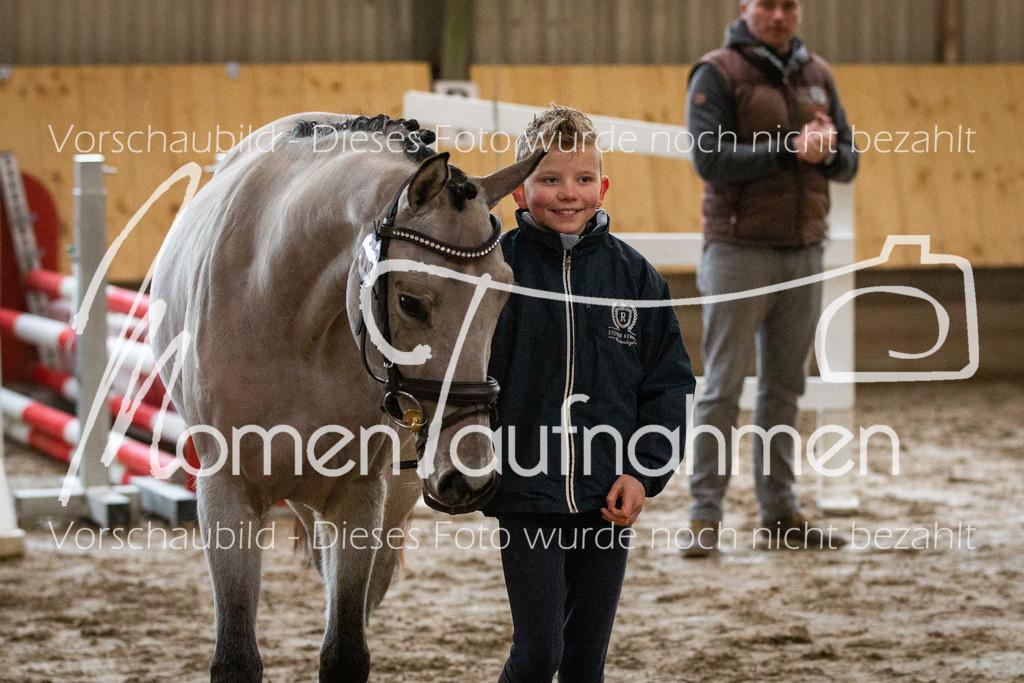 Freispringen-Pony-3j-13