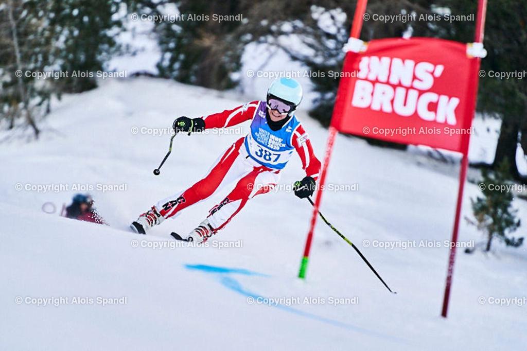 ALS5612_WWMG_GS-II_C | (C) FotoLois.com, Alois Spandl, WinterWorldMastersGames 2020 Innsbruck, Giant Slalom-II Gruppe C Damen, Patscherkofel Olympiaabfahrt, Mi 15. Jänner 2020.
