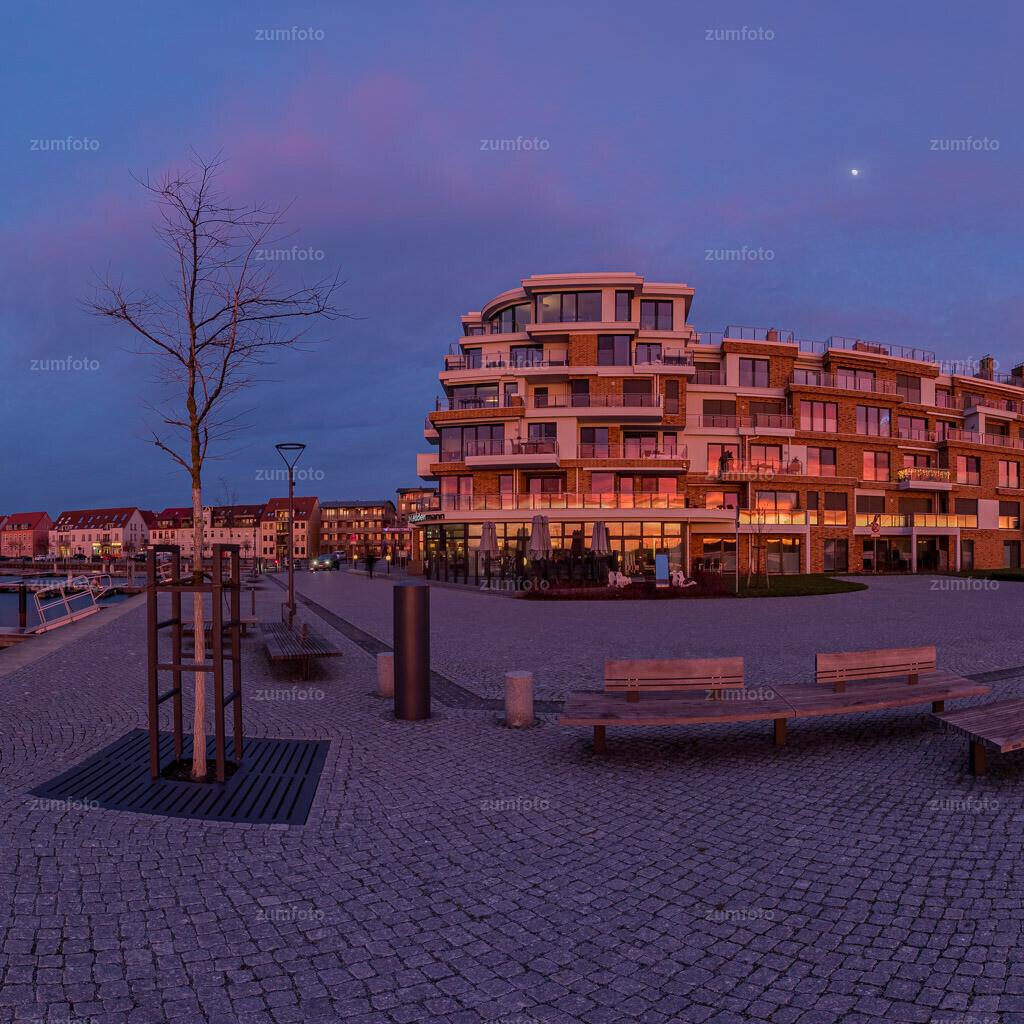 200205_1714-9590-HDR-Pano-1 | Wer von euch hat denn heute Abend auch den schönen Sonnenuntergang gesehen? Wünsche euch einen schönen Abend! Sonnenuntergang am Warener Stadthafen.