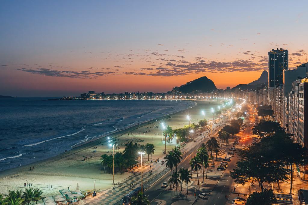 Copacabana bei Nacht | Copacabana bei Nacht