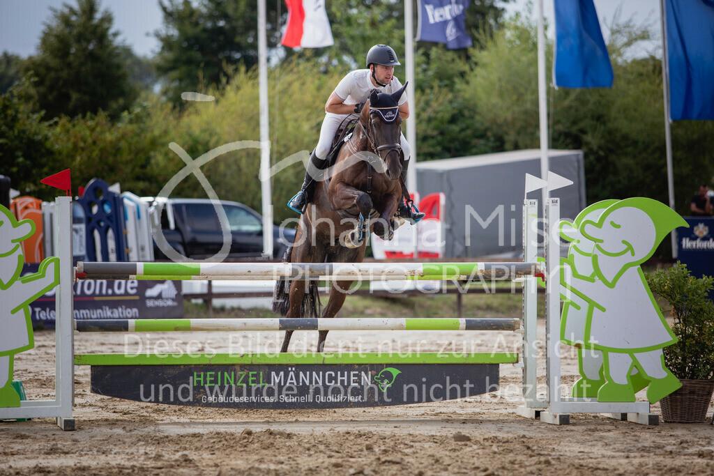190801_BST_Springpferde-M_5-7J-423   Braker Sommerturnier 2019 Springpferdeprüfung Kl. M* 5-7jährige Pferde