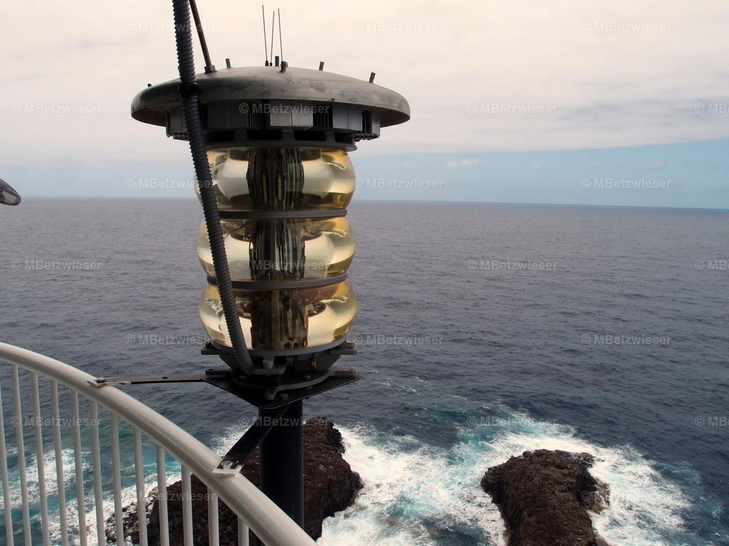 P7016158 | in der Kuppel des Leuchtturm Punta Cumplida in Barlovento