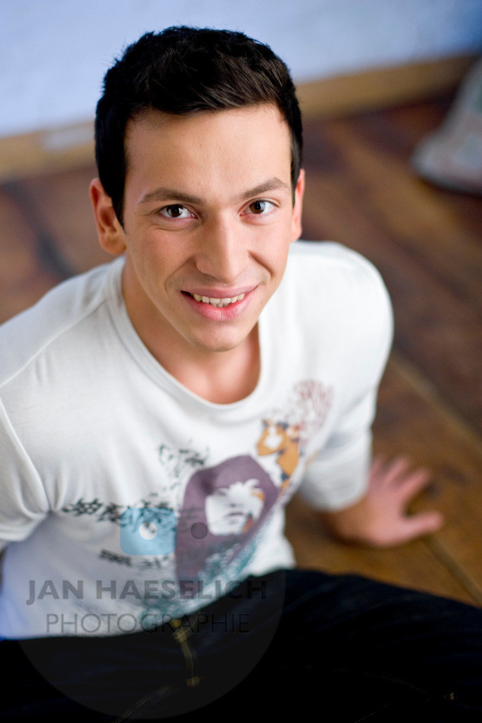 Arnel Taci
