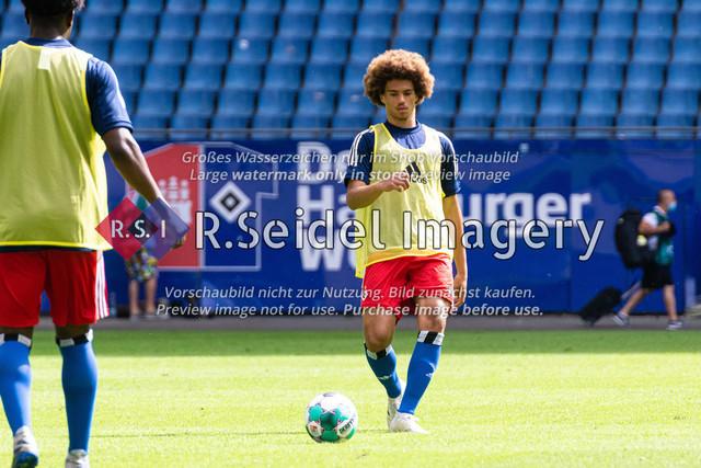 Fußball, Herren, Testspiel, Hamburger SV - FC Hansa Rostock, Volksparkstadion, 09.08.2020   Jonah Fabisch (#37 HSV)